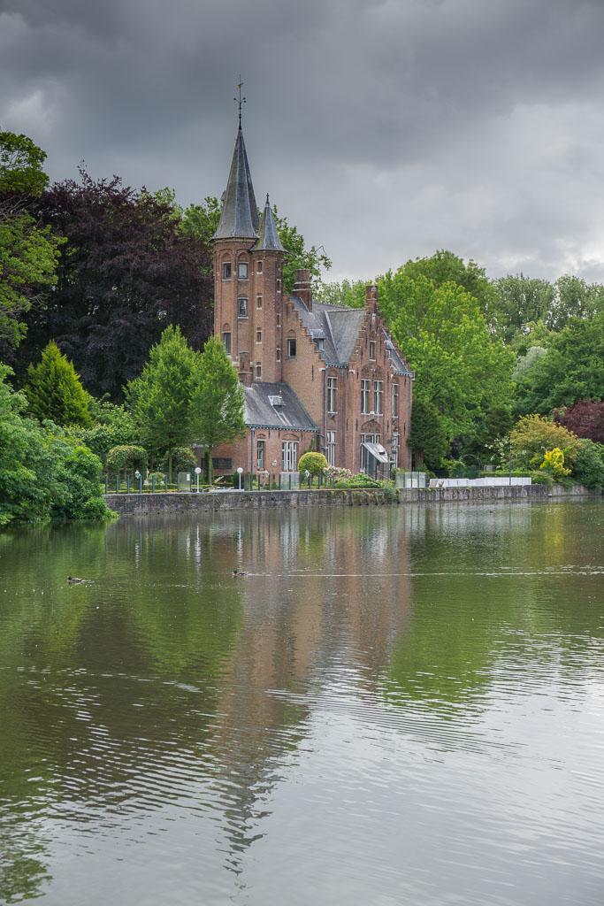 Beautiful Bruges www.thetwodrifters.net