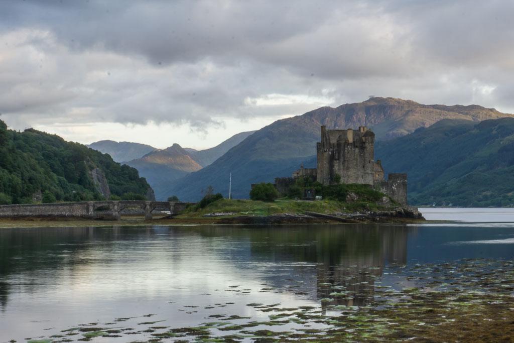 Isle of Skye The Two Drifters the Beautiful Eileen Donan Castle