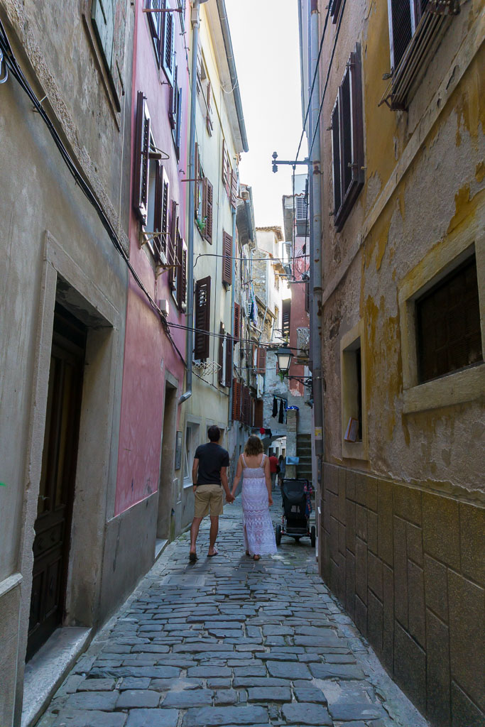 Wandering the alleyways, Piran, The Two Drifters, www.thetwodrifters.net