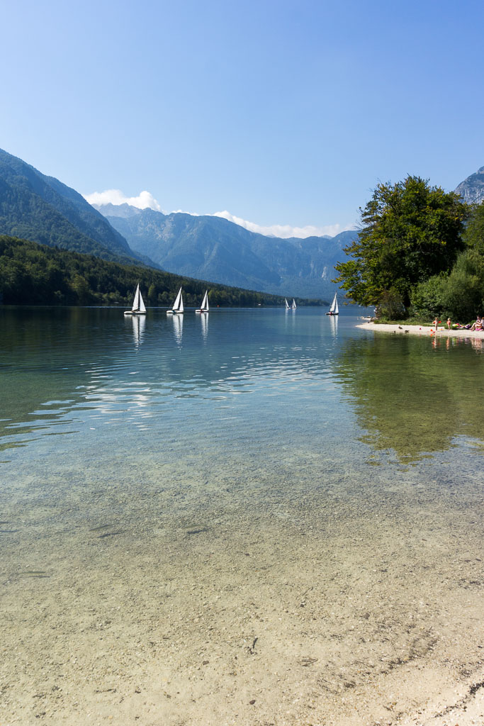 Triglav National Park, The Two Drifters, Sailboats on Lake Bohinji, www.thetwodrifters.net