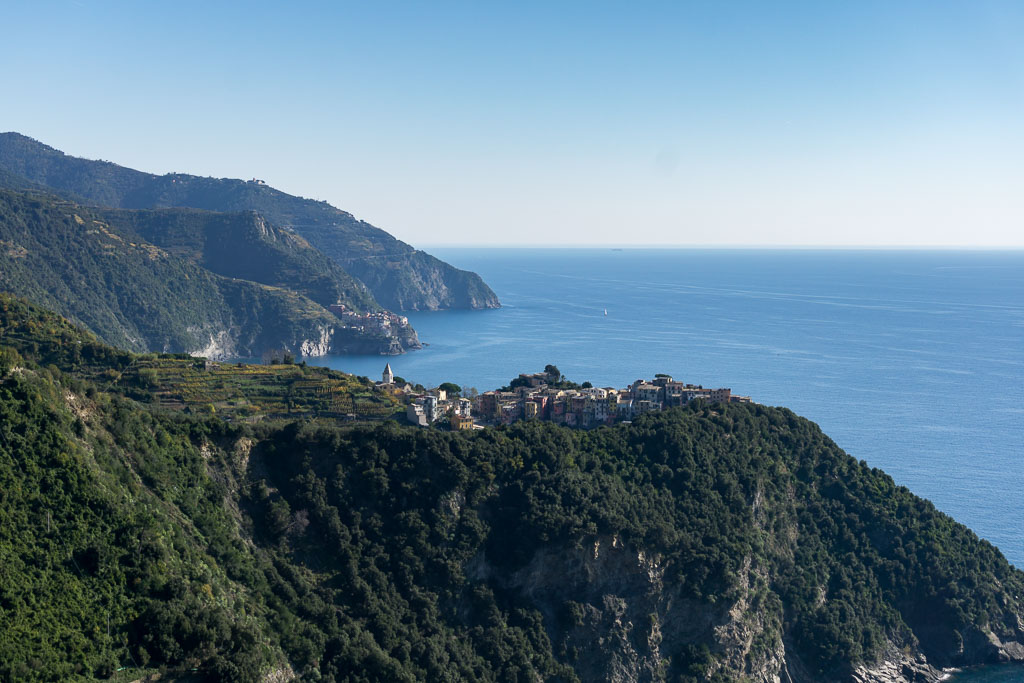 Approaching Corniglia, Cinque Terre, The Two Drifters, www.thetwodrifters.net