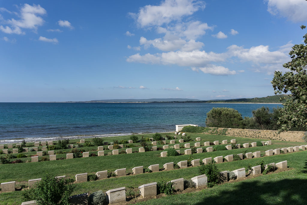 Ari Burnu Cemetery, Gallipoli, The Two Drifters, www.thetwodrifters.net