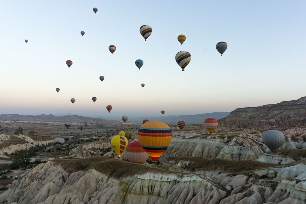 Balloons 3, Hot Air Balloon Ride, Cappadocia, The Two Drifters, www.thetwodrifters.net