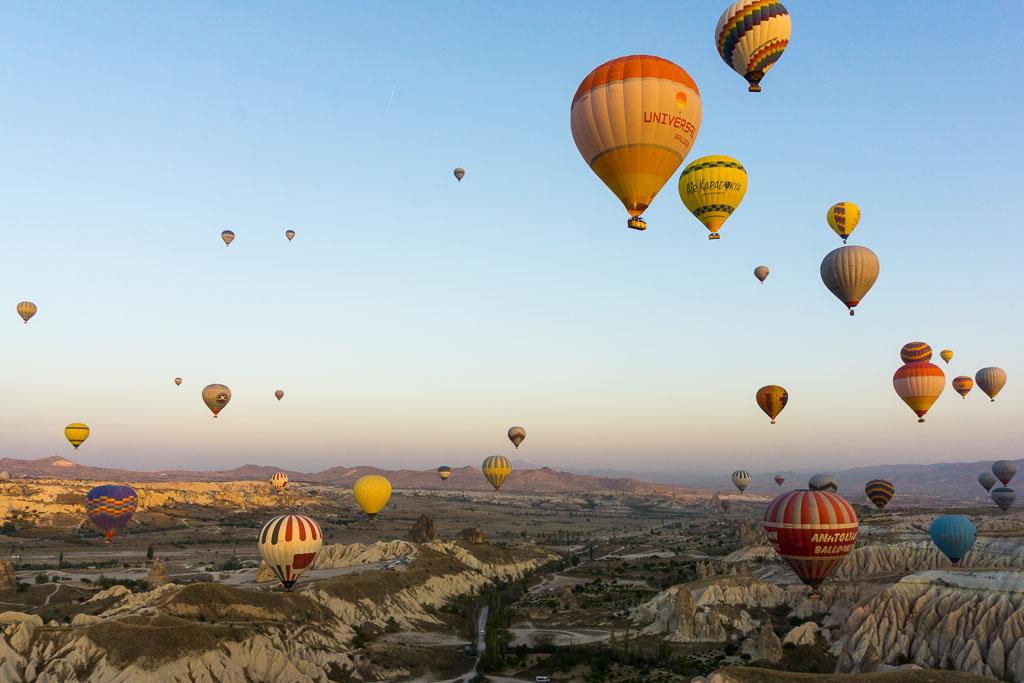 Balloons 8, Hot Air Balloon Ride, Cappadocia, The Two Drifters, www.thetwodrifters.net