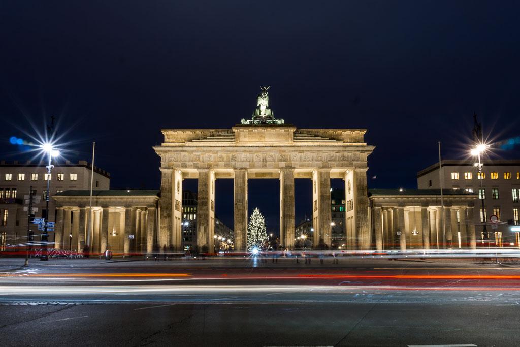 Brandenburg Gate at night, Berlin, The Two Drifters, www.thetwodrifters.net