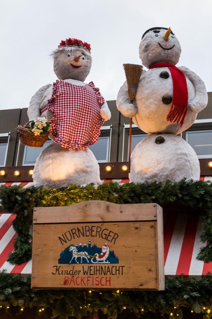 Snowman, Christmas Market, Nuremberg, The Two Drifters, www.thetwodrifters.net