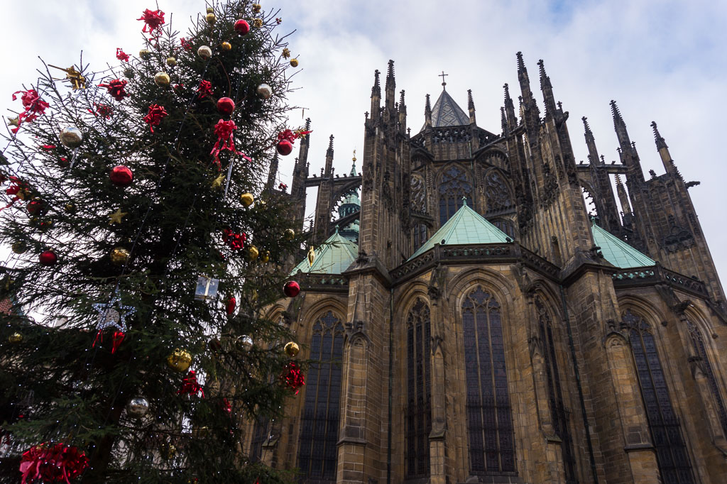 St Vitus Cathedral, Prague at  Christmas, The Two Drifters, www.thetwodrifters.net