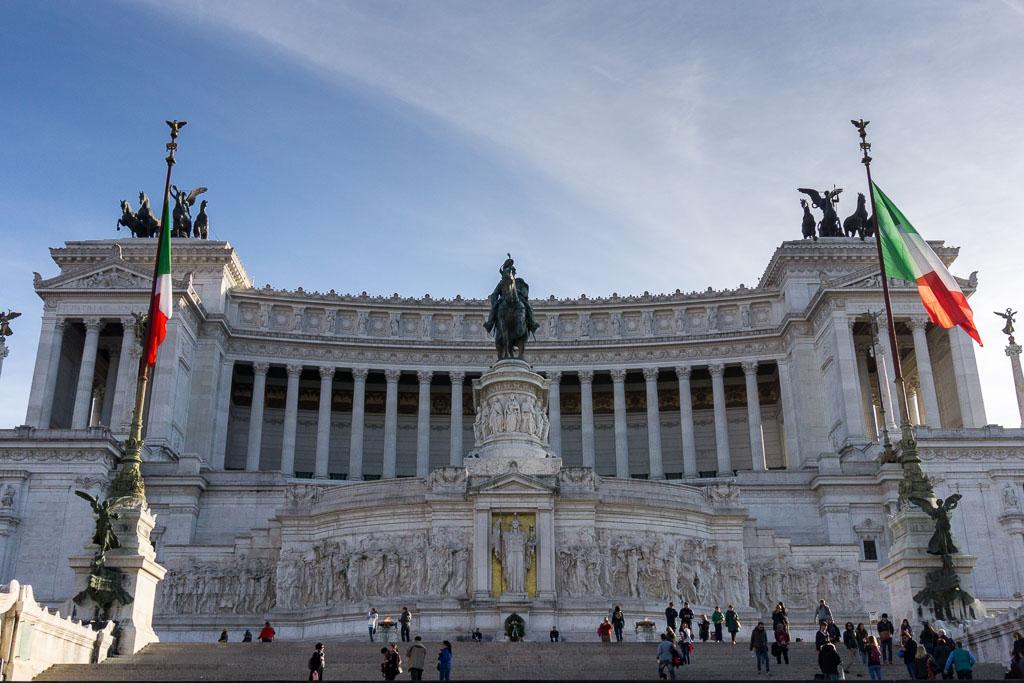 Vittorio Emmanuel II Monument, Rome, The Two Drifters, www.thetwodrifters.net