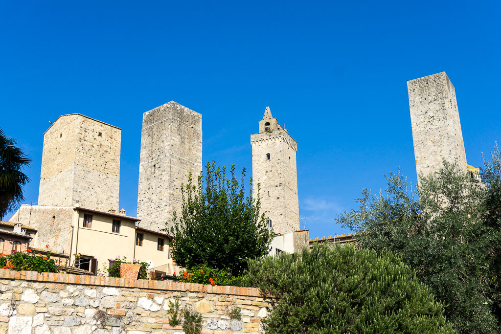 Skyline of towers, San Gimignano, The Two Drifters, www.thetwodrifters.net