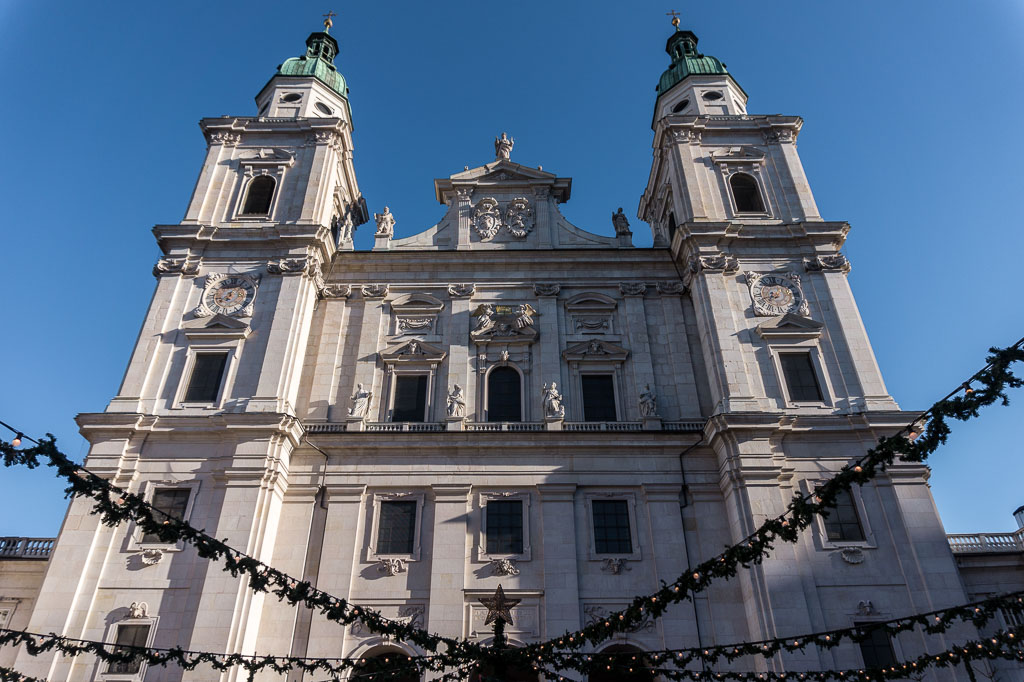 Cathedral, Christmas in Salzburg, The Two Drifters, www.thetwodrifters.net